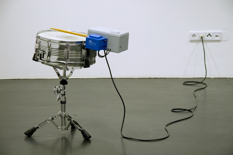 2340 (1140 pm), snare, motor, time, 2008